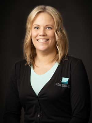 Jennifer-Hanson--Business-Team